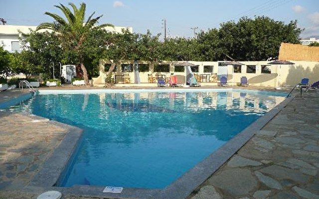 Ormos Hotel 2