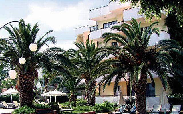 Zephyros Beach Hotel 7