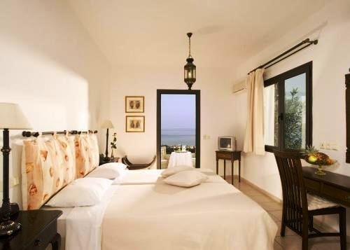 Creta Blue Suites 3