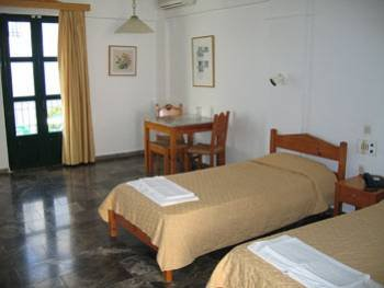 Camari Garden Hotel  3