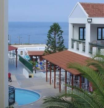 Camari Garden Hotel  1