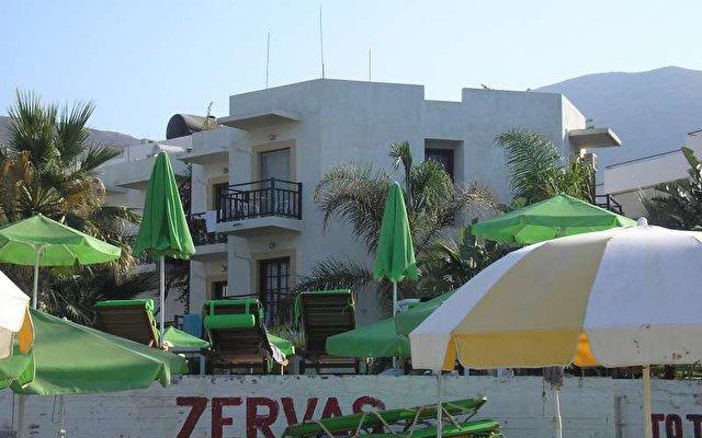 Zervas Beach Hotel 2
