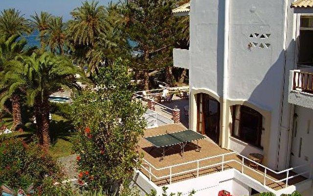 Zervas Beach Hotel 1