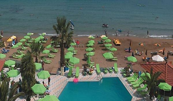 Zervas Beach Hotel 4