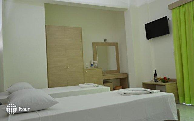 Sun Hotel 10