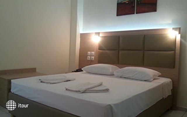 Sun Hotel 8