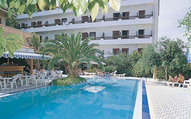 Danelis Hotel 1