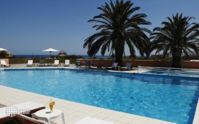 Fereniki Holiday Resort  4