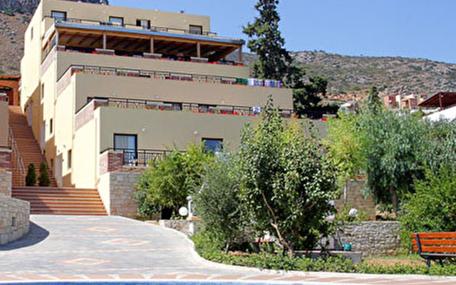 Asterias Village Apartment Hotel  6