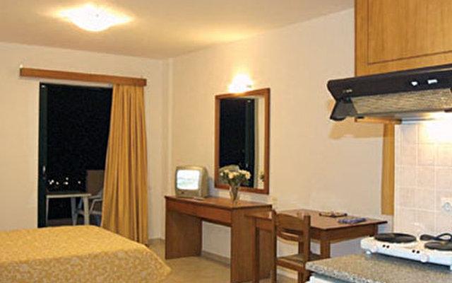 Asterias Village Apartment Hotel  9