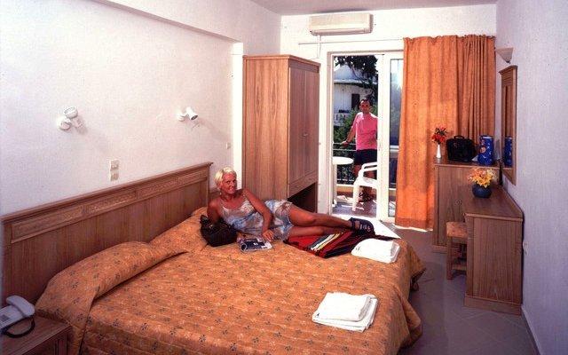 Dimitrios Beach Hotel 9
