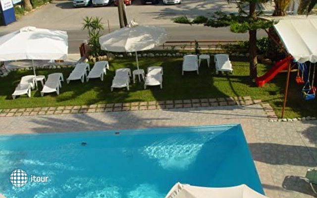 Limas Hotel Apartments 4