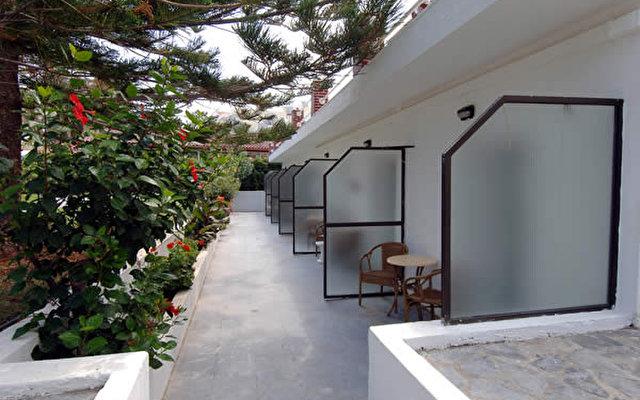 Palm Beach Hotel 8