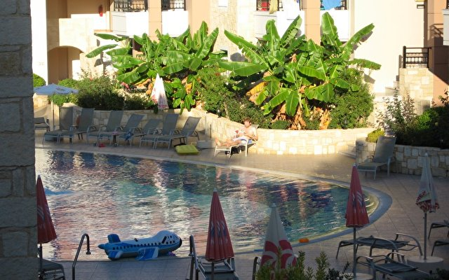 Alexandra Beach Resort 5