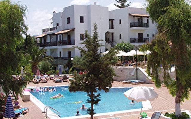 Chc Club Lyda Hotel 4