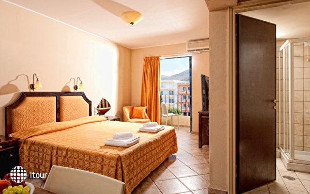 Manos Maria Hotel & Apartments 10