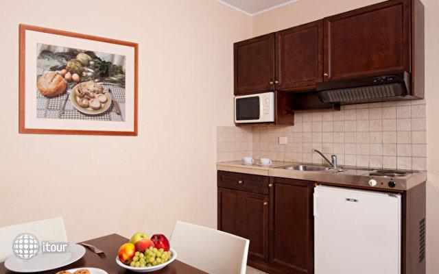 Manos Maria Hotel & Apartments 9
