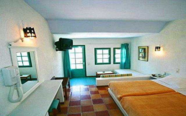 Petra Beach Apartments 3