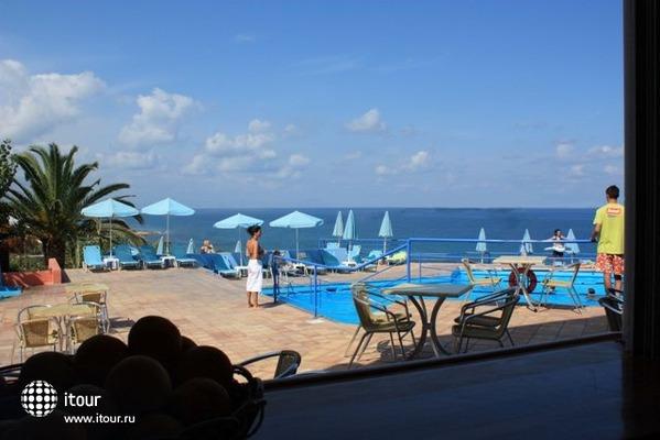 Scaleta Beach Hotel 3