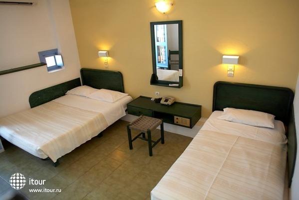 Scaleta Beach Hotel 4