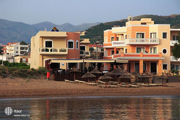 Maria Beach 1