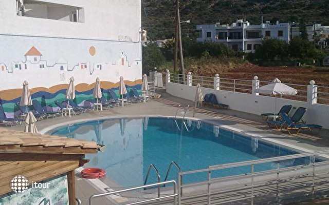 Irilena Apartments 6