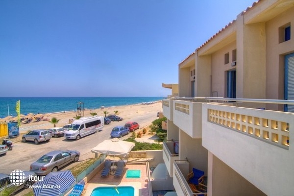 Esperia Beach 10