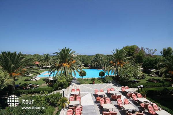May Beach Hotel 3