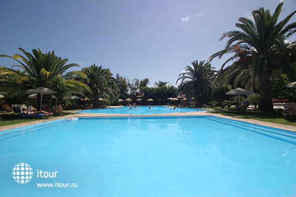 May Beach Hotel 4