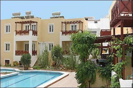 Iraklis Apartmens 4