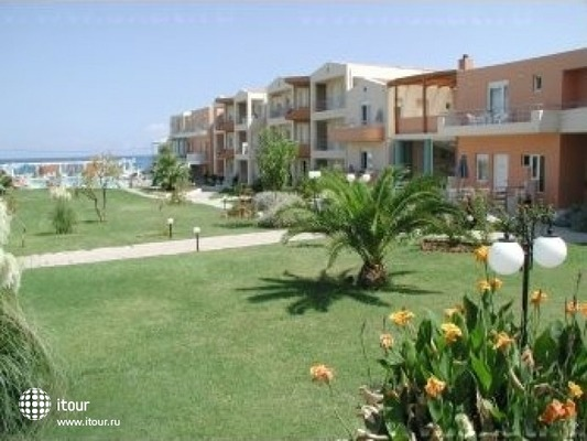 Maleme Mare Beach Resort 10