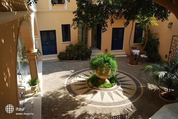 Casa Delfino Suites 9