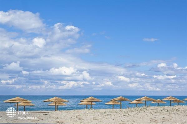Chryssana Beach 4