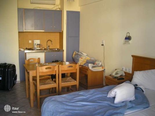 Bella Mare Apartments Rethymnon 3