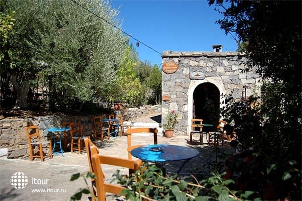 Arolithos Traditional Cretan Village 3