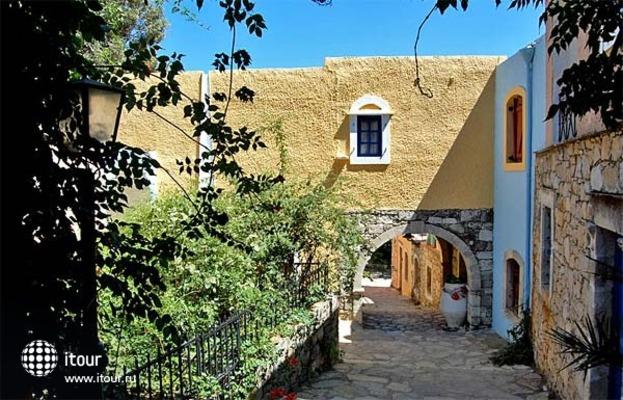 Arolithos Traditional Cretan Village 4
