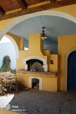 Arolithos Traditional Cretan Village 5