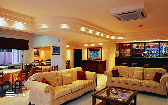 Hiona Holiday Hotel (paleokastro) 3