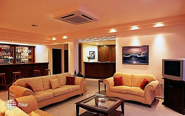 Hiona Holiday Hotel (paleokastro) 4