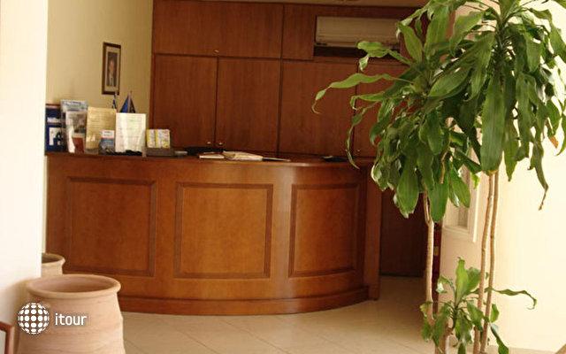 Hiona Holiday Hotel (paleokastro) 7