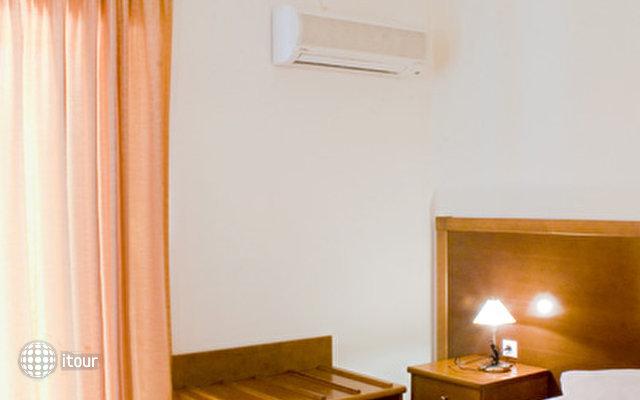 Hiona Holiday Hotel (paleokastro) 8