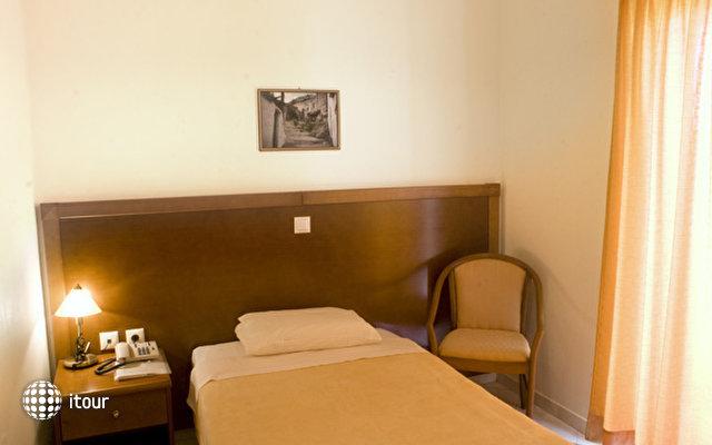 Hiona Holiday Hotel (paleokastro) 10
