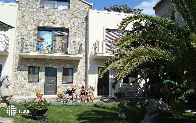 Mylos Apartments 2