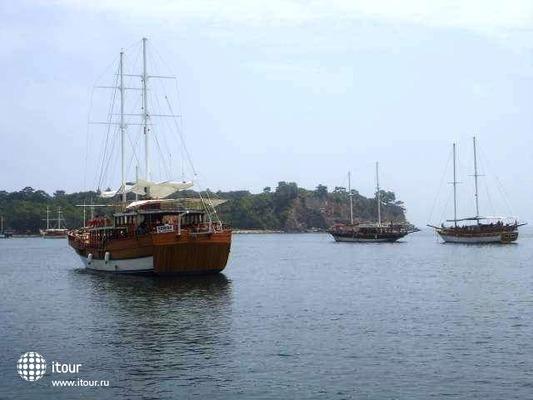 Louis Creta Paradise 10