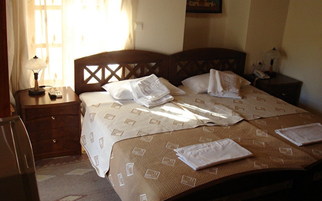 Ontas Traditional Hotel 8