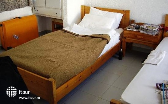 Averinos Apartments 4