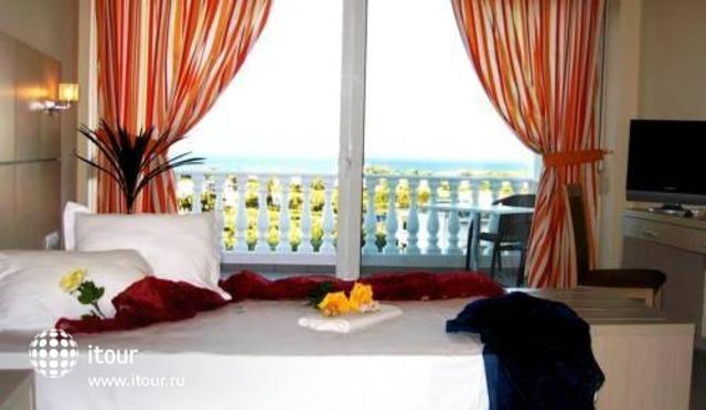 Hotel Matheo Villa & Suites 6