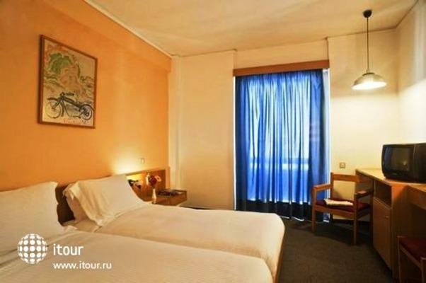 Omalos Hotel 3