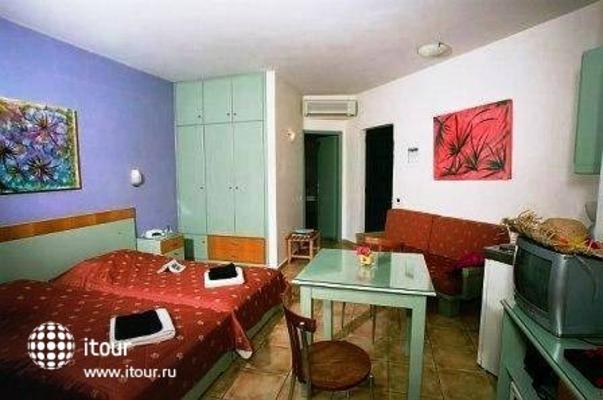 Nireas Hotel 4
