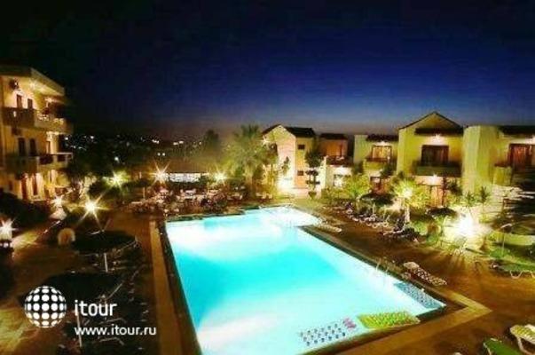 Nireas Hotel 8